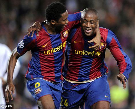 etoo-joueur-footballeur-camerounais-yaya-toure-joueur-footballeur-ivoirien-fc-barcelone